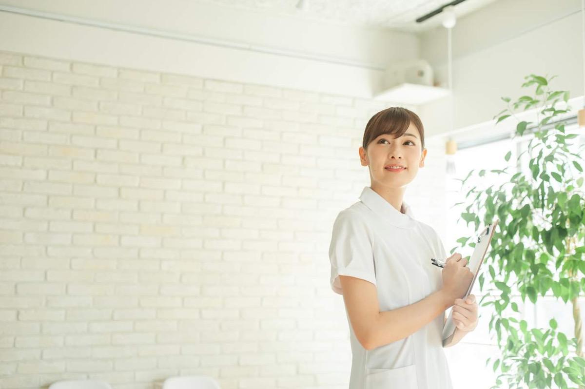 週末モデル 看護師 大原茉莉奈さん