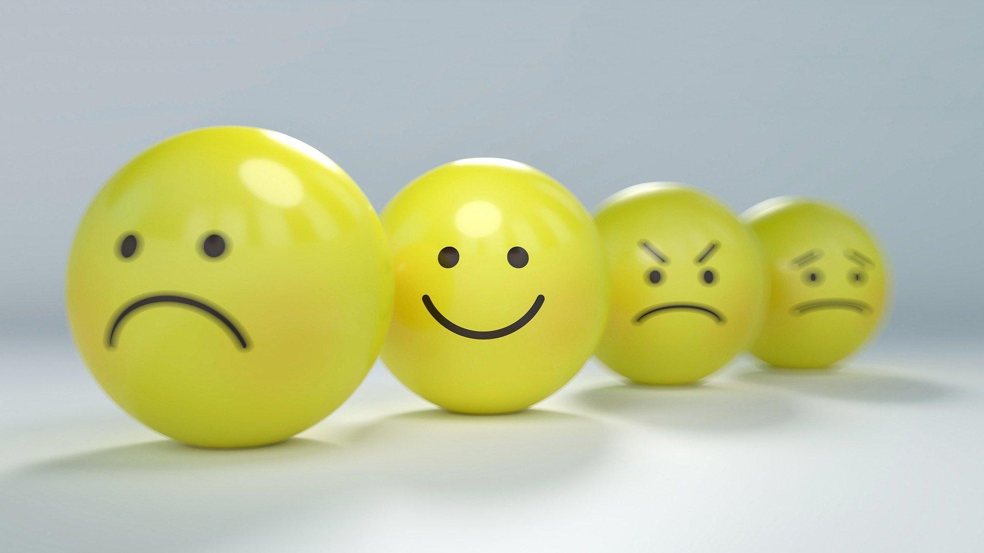 日記をつけて「小さい幸せ探し」、忙しい人にこそおすすめの理由