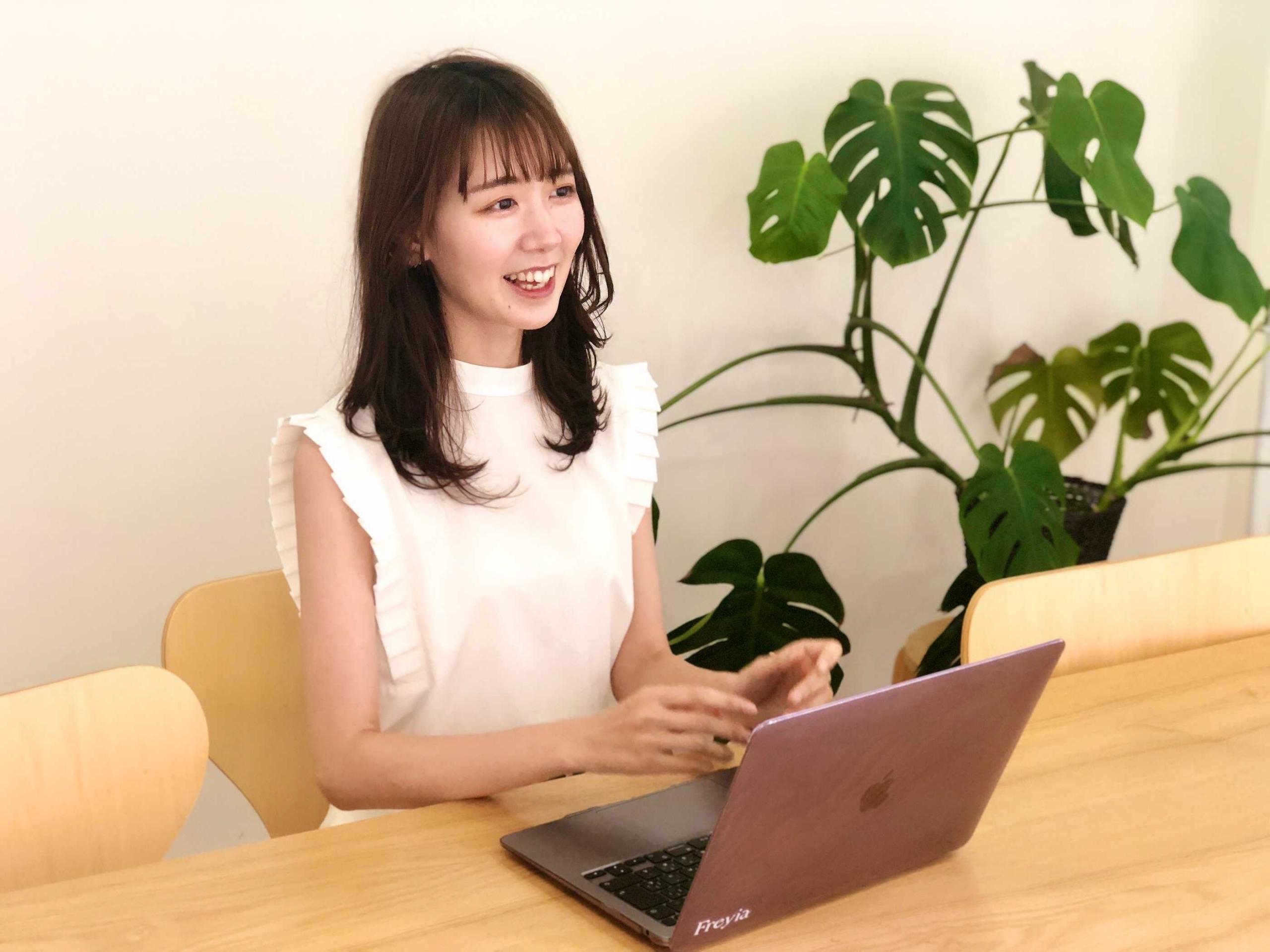 4社を経験→モデルと広報のパラキャリを満喫する斉藤マリナさんの「自分の幸せと向き合う」思考法