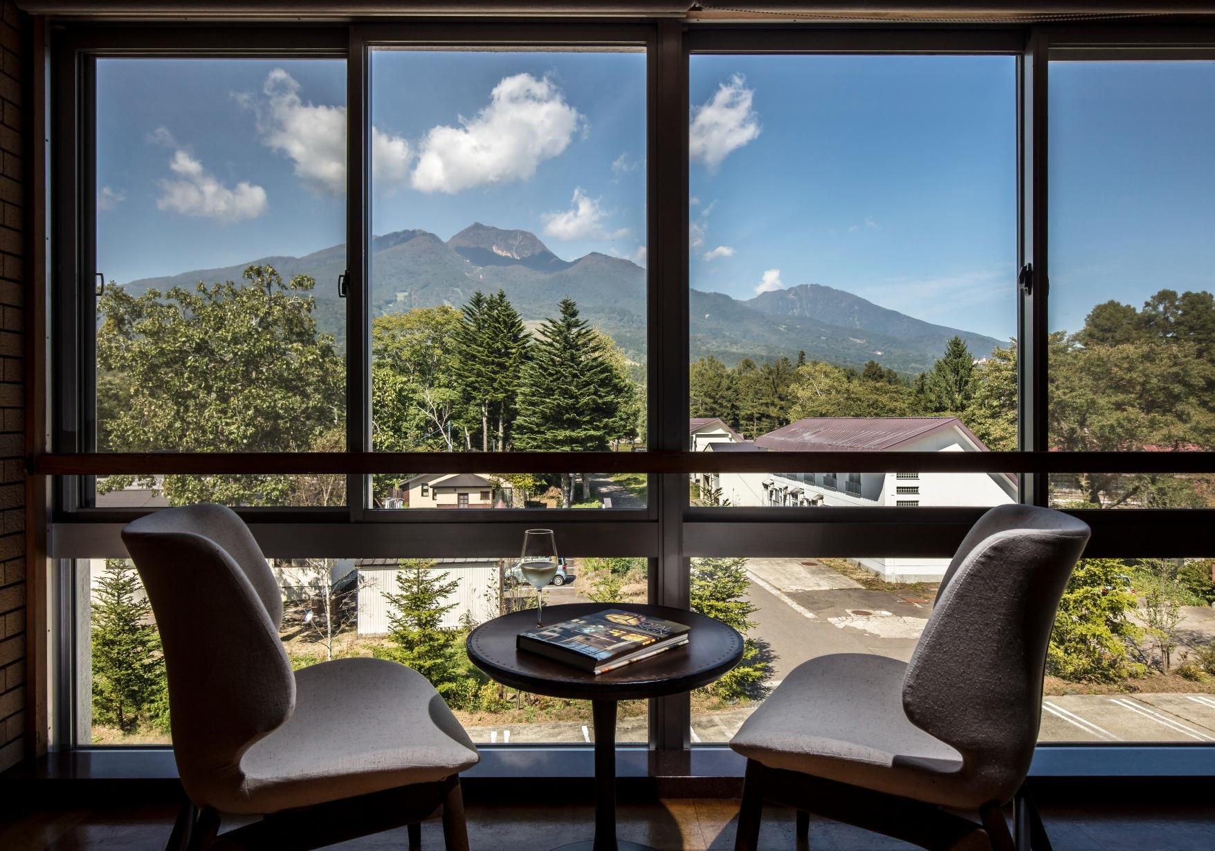 「キャリアは、劣等感を生かして切り開く」。50以上のホテルを経営した浅生亜也さんを動かす、熱量の源